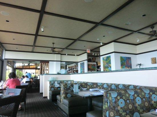 Beach House Restaurant: inside area