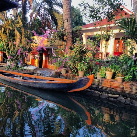 Thevercad Homestay: a house on backwaters