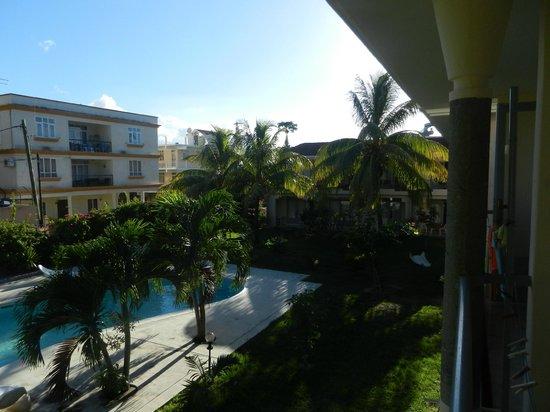Escale Vacances : Piscine et environnement