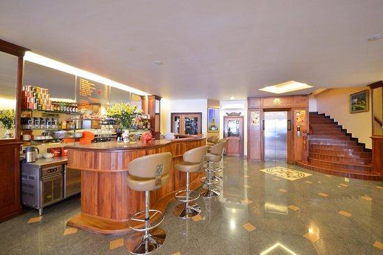 Golden House International: In Lobby