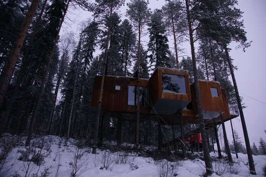 Harads, Schweden: treehouse