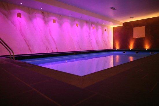 Hotel Vulcano Lindenhof: Pool