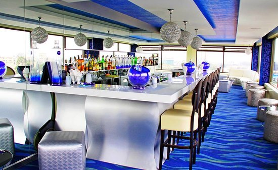 Four Points By Sheraton Nairobi Hurlingham: Level 8 Ciroc Bar