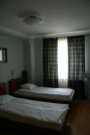 Royal Route Residence : Спальня