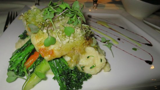 Palm Court Italian Grill: Baked Grouper