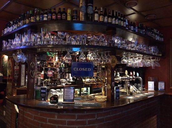 Old Brick's Inn : Перерыв