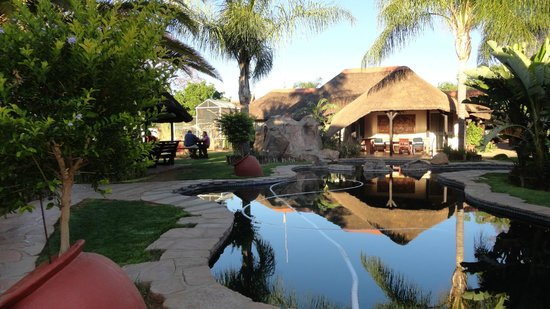 Where to Eat in Otjiwarongo: The Best Restaurants and Bars