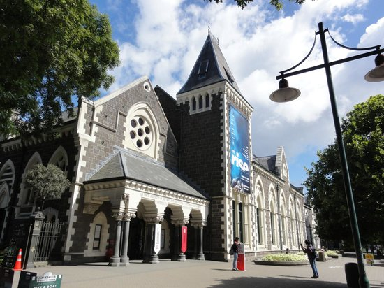 Museo Canterbury: 駐車はハグレー公園の無料駐車場にするといいです