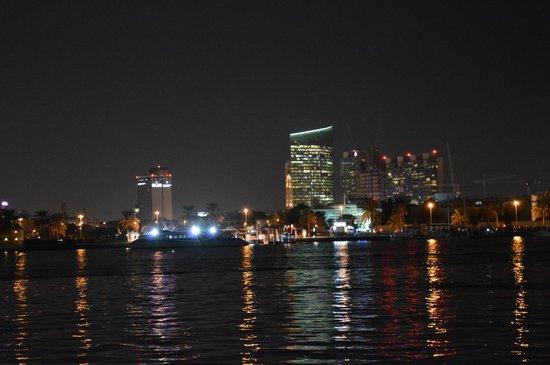 Dubai Creek : Вечерний ручей