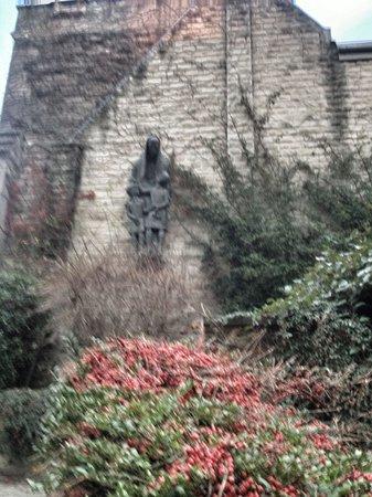 Ampleforth Abbey : Peaceful.