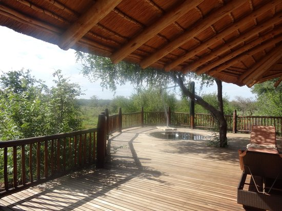 Etali Safari Lodge: Looking out across our Deck