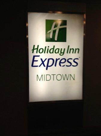 Holiday Inn Express Philadelphia-Midtown: Entrada