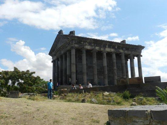 Garni Temple: xram garni