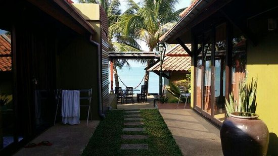 Kluaymai Beach Bungalows: The Rooms.