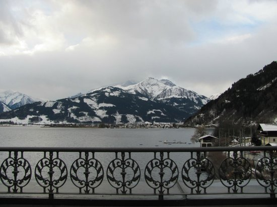 Grand Hotel Zell am See: View from the hotel