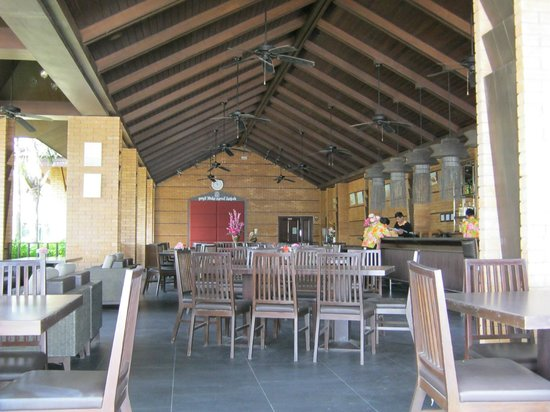 Kuiburi Hotel & Resort: Dining room