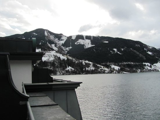 Grand Hotel Zell am See: View from room
