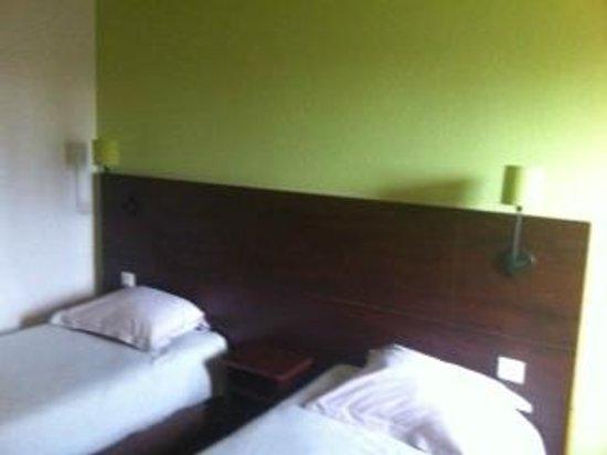 Hôtel balladins Bobigny: chambre twins