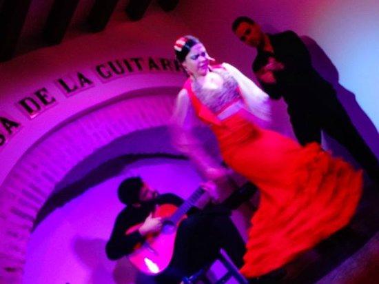 Imagem de show de flamenco na Casa de La Guitarra