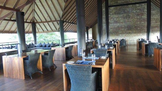 Jetwing Vil Uyana : Très bonne cuisine et cave exceptionnelle