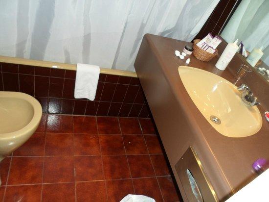 Sant Eloi Hotel: baño