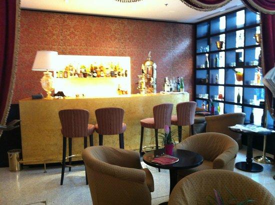 Hotel a La Commedia: Bar nella hall
