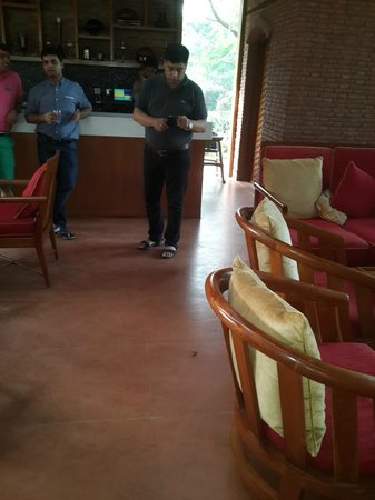 Westin Sohna Resort and Spa : snake in the Dining area - on the feet of one of our guest
