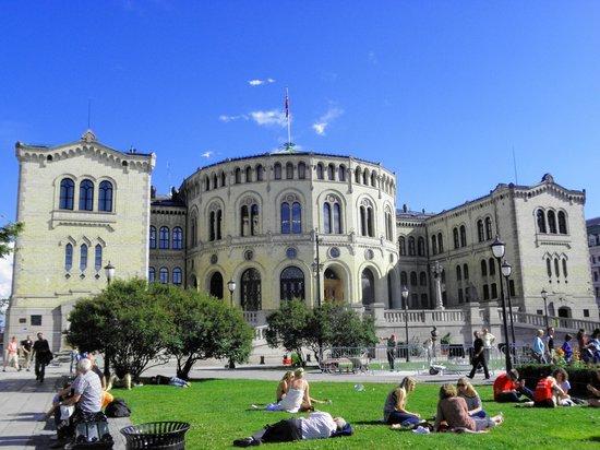 The Norwegian Parliament : parlamento