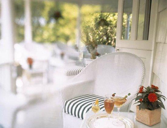 Homestead Inn: Verandah - Manor House - Thomas Henkelmann