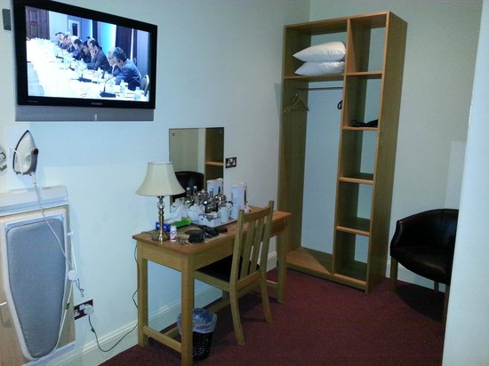 The Jolly Drover: Room