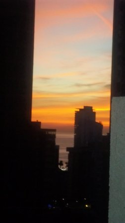 Gemelos XX Apartments: Beautiful sunset