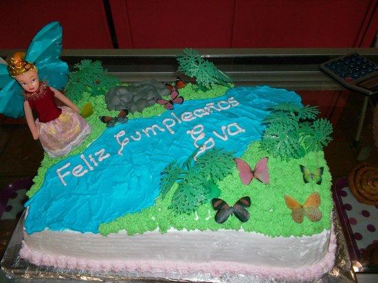 Panaderia & Heladeria Princesa Bakery & Ice Cream Parlor: Fairy Cake