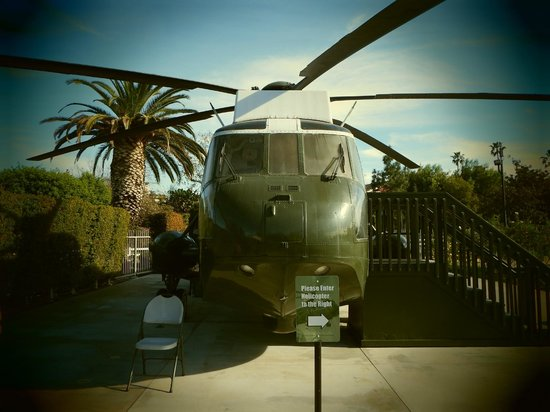 Richard Nixon Presidential Library and Museum: Marine 1 Helicopter