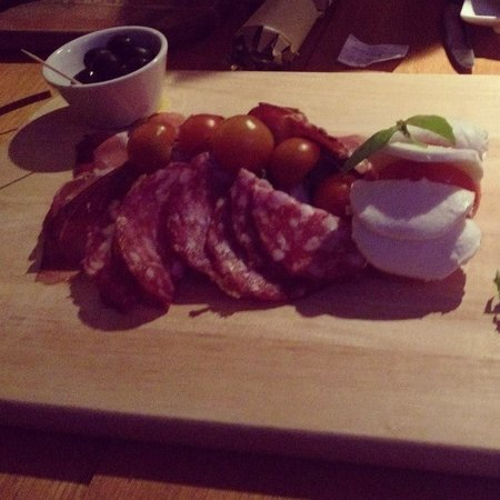 Bollicini: Delicious sharing platter