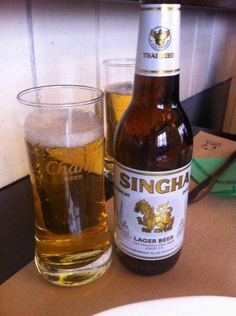 Bangkok Cafe: local beer