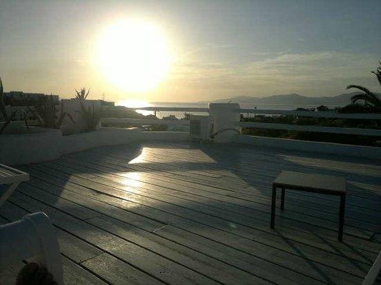 Andronikos Hotel: Terraço