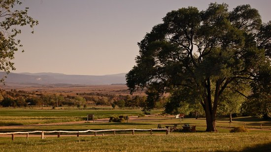 Ghost Ranch Education & Retreat Center: View of the grounds