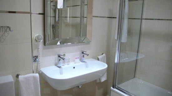 Gran Hotel Corona Sol: Baño