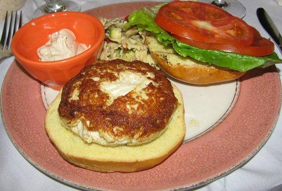 Catherine's Restaurant: Crab Cake