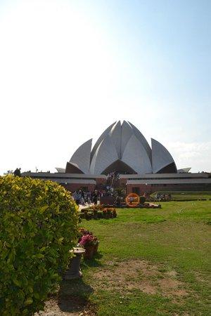 Bahai Lotus Temple: great building