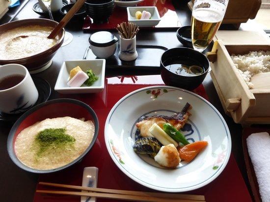 Asakusa Mugitoro Honten: 焼き魚とむぎとろ