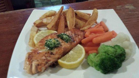 CKs Bistro: Salmon with garlic & parsley lemon butter
