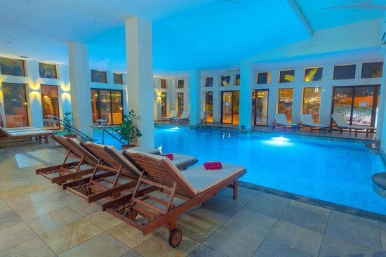 Ramla Bay Resort: In Door Pool-SPA