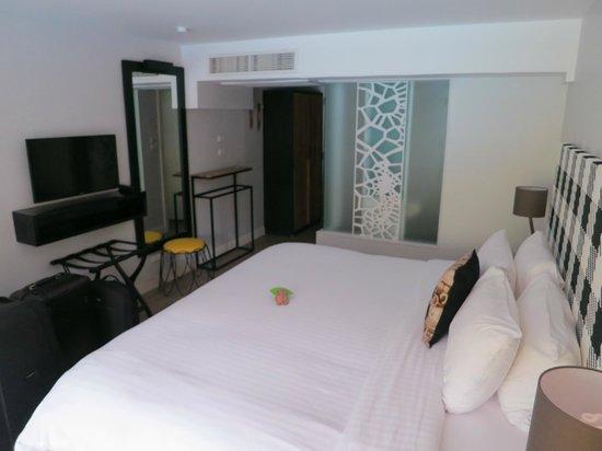 Burasari Resort: Pool Zimmer 1102