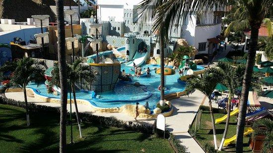 Crown Paradise Club Puerto Vallarta: 4th floor view of the waterpark / resort