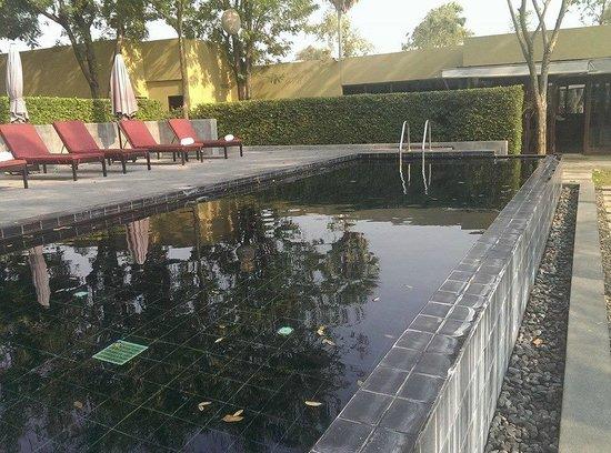 U Inchantree Kanchanaburi : Pool