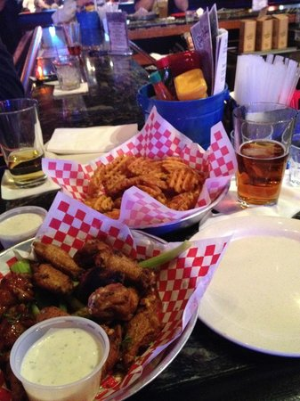 The Mojo Grill & Catering Company : Wings & Waffle Fries!
