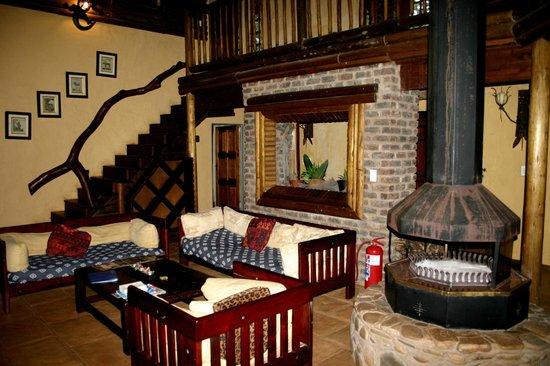 Drifters Hazyview Inn: Lounge