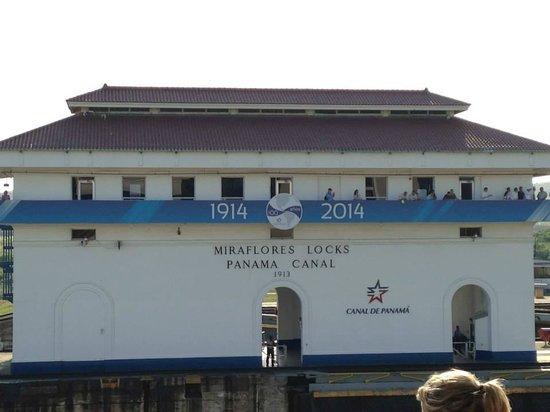 Miraflores Visitor Center: Miraflores Locks Visitor Center