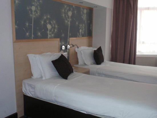 Bedford Hotel: Habitación doble dos camas
